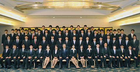 平成24年度入社式を開催しました...